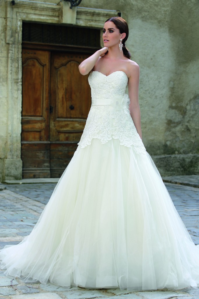 Emma charlotte wedding dresses bridal gowns for Wedding dresses charlotte nc
